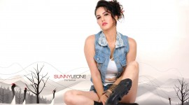 Sunny Leone Wallpaper For PC