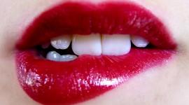 4k Lips Wallpaper