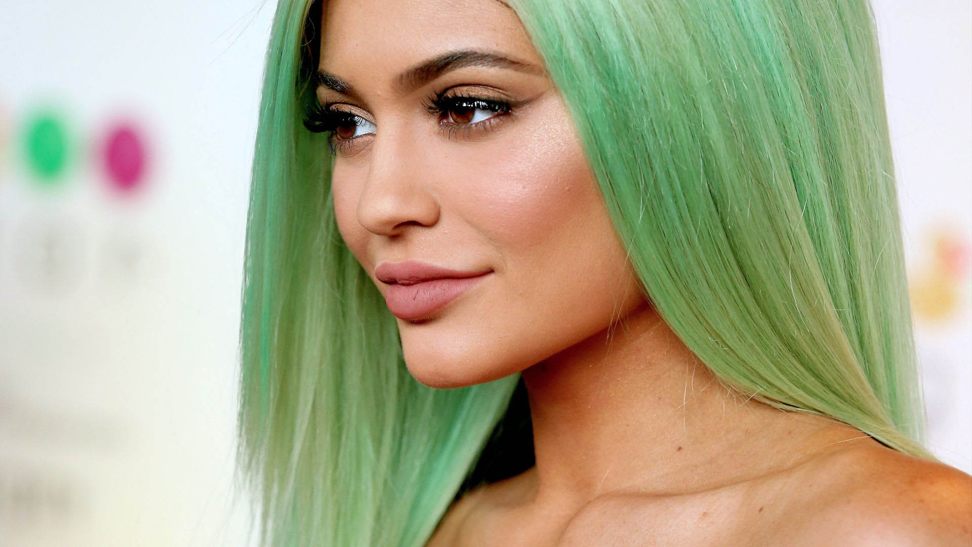Kylie Jenner Wallpapers High Quality Download Free