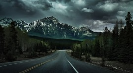 4K Road Wallpaper Free