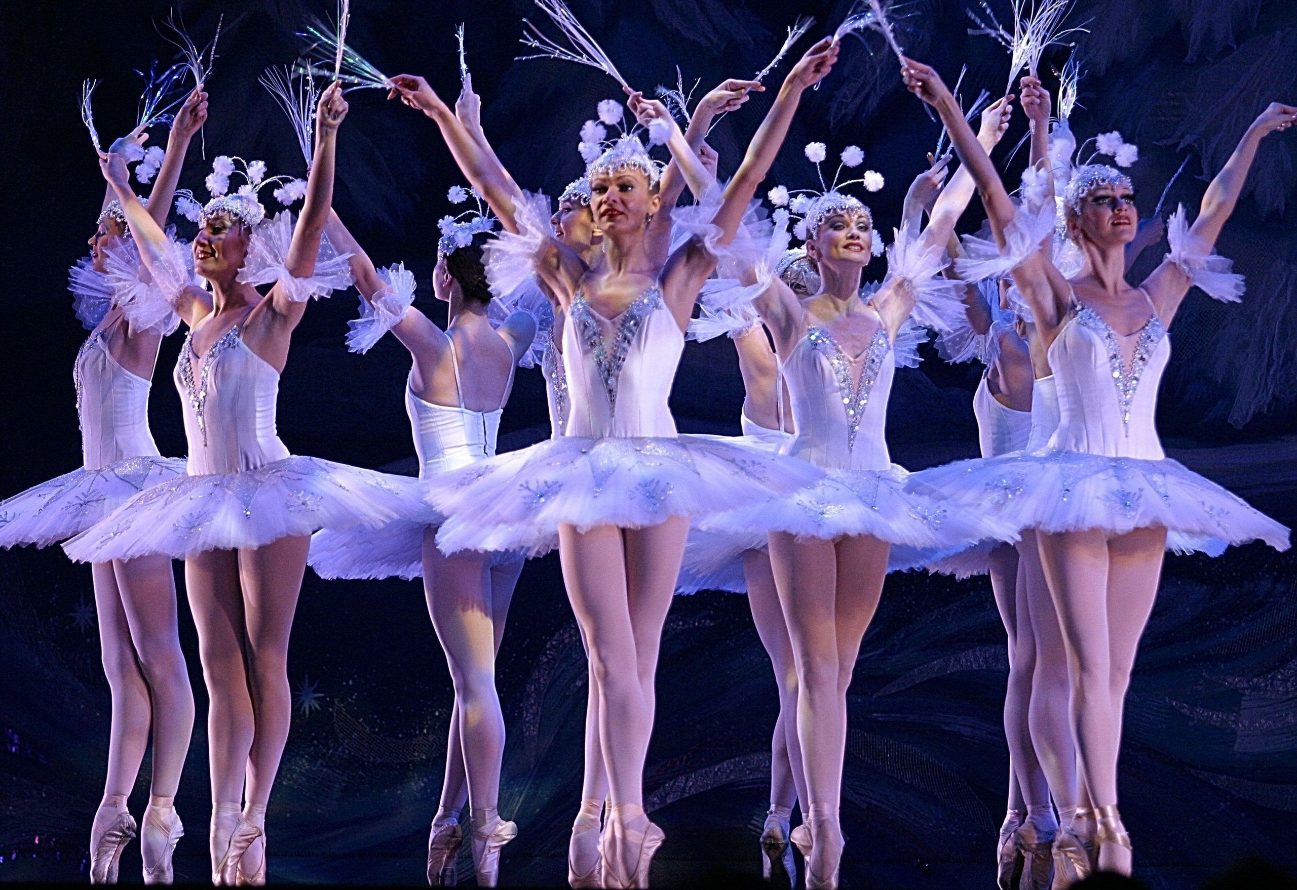 Bolshoi ballet in cinema get tickets pathe live