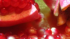 4K Pomegranate Fruit Wallpaper For Android