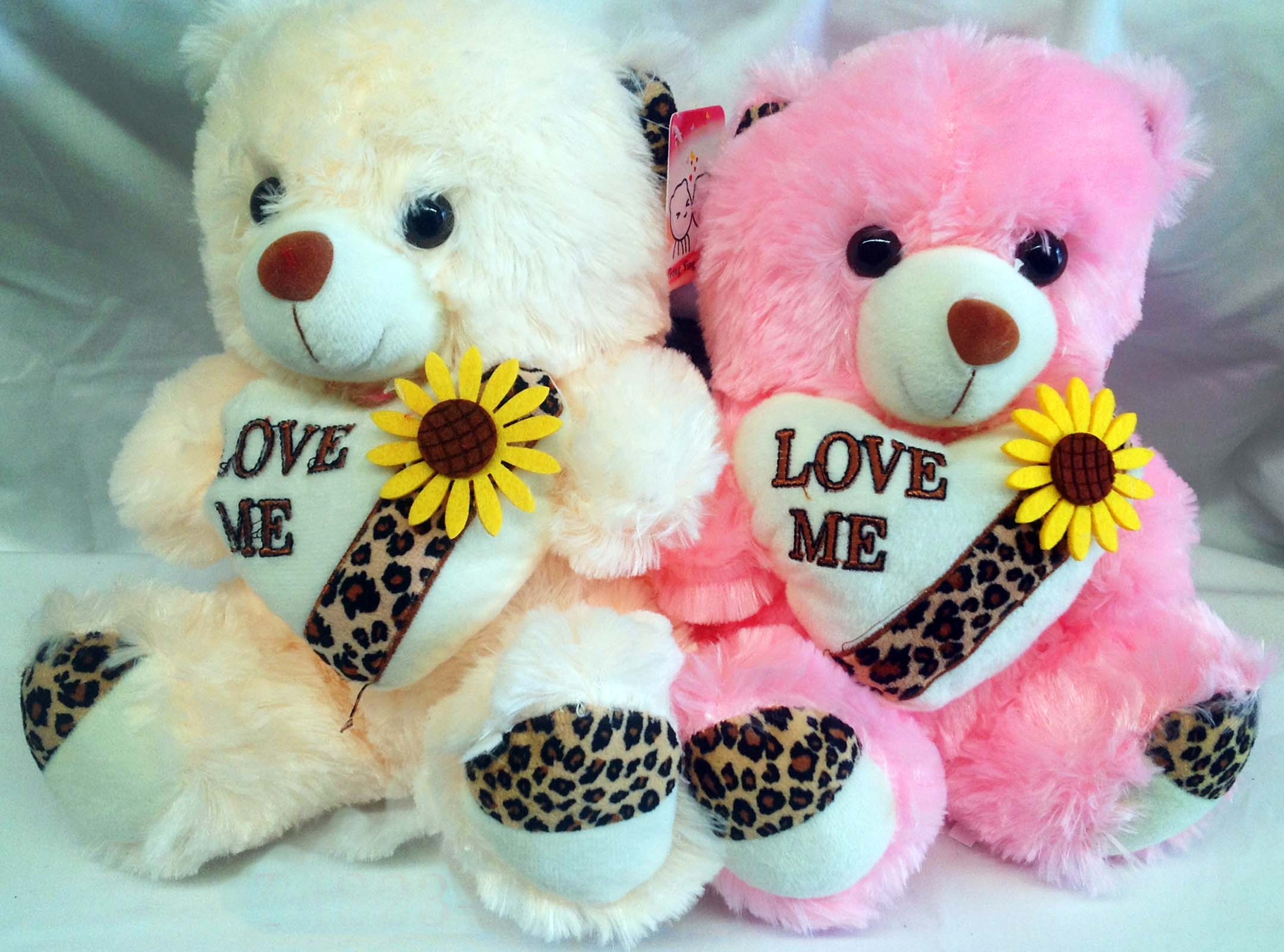 Teddy bear hd picture impremedia lovely teddy bears hd nice image bear and love voltagebd Images