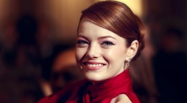 Emma Stone Wallpaper Download Free