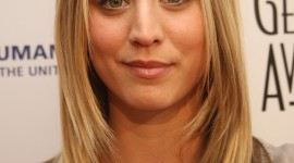 Kaley Cuoco-Sweeting Wallpaper Free