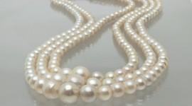 Pearls Desktop Wallpaper
