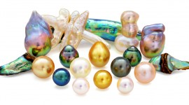 Pearls Desktop Wallpaper For PC