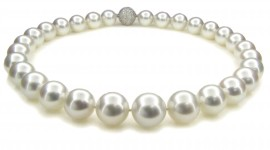 Pearls Wallpaper Gallery