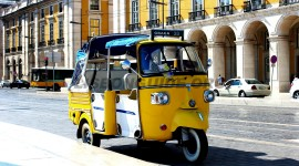 Taxi Tuktuk Wallpaper Download