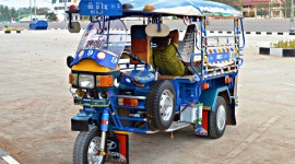 Taxi Tuktuk Wallpaper Download Free
