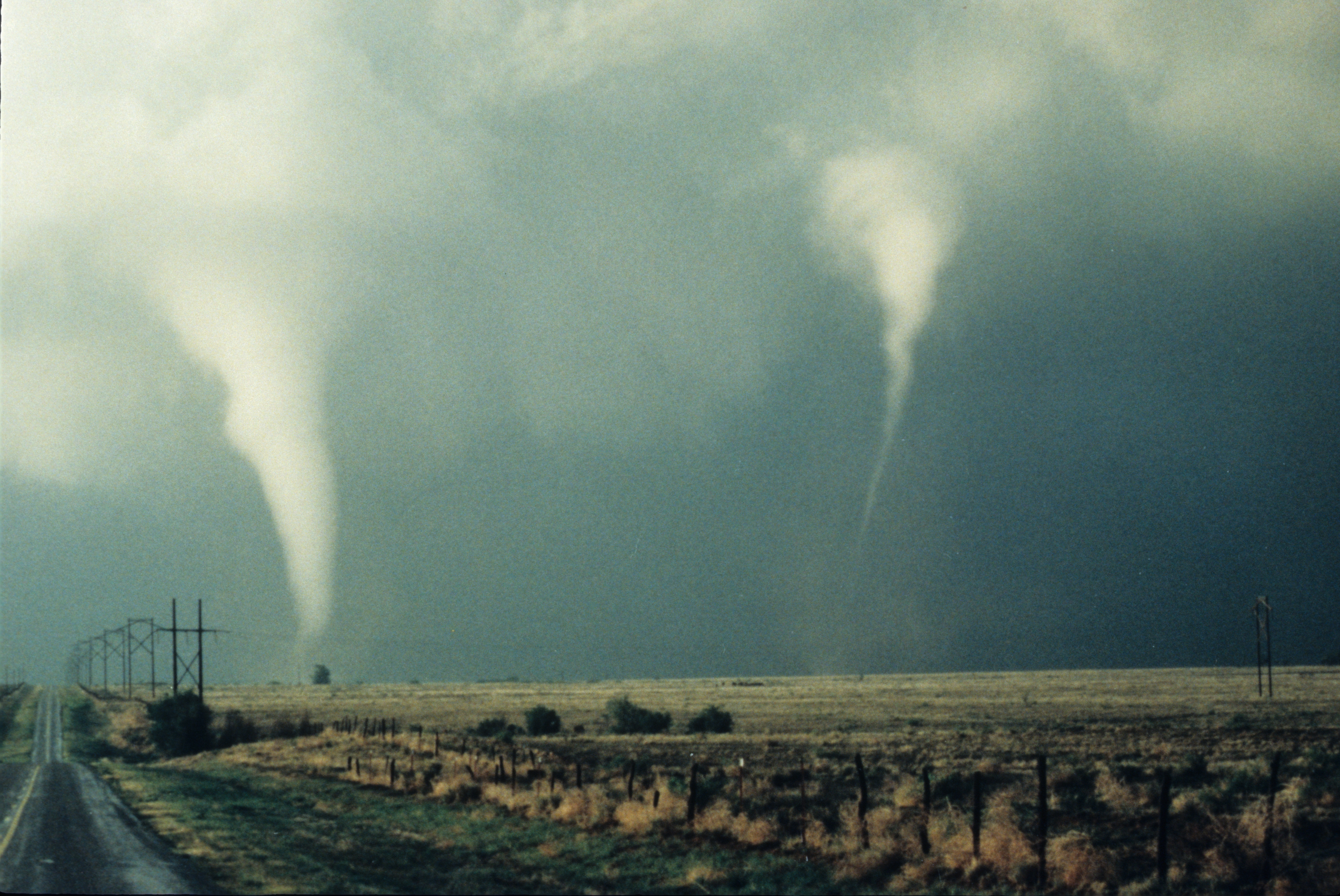 a study on tornadoes On the evening of may 25, 1955, an f5 tornado touched the ground near the kansas-oklahoma state line as it proceeded northward, it took a northeast twist that put it on a direct collision course with the small kansas town of udall.