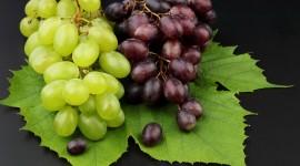 4K Grapes Desktop Wallpaper HD