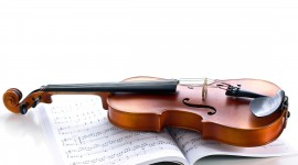 4K Violin Desktop Wallpaper For PC