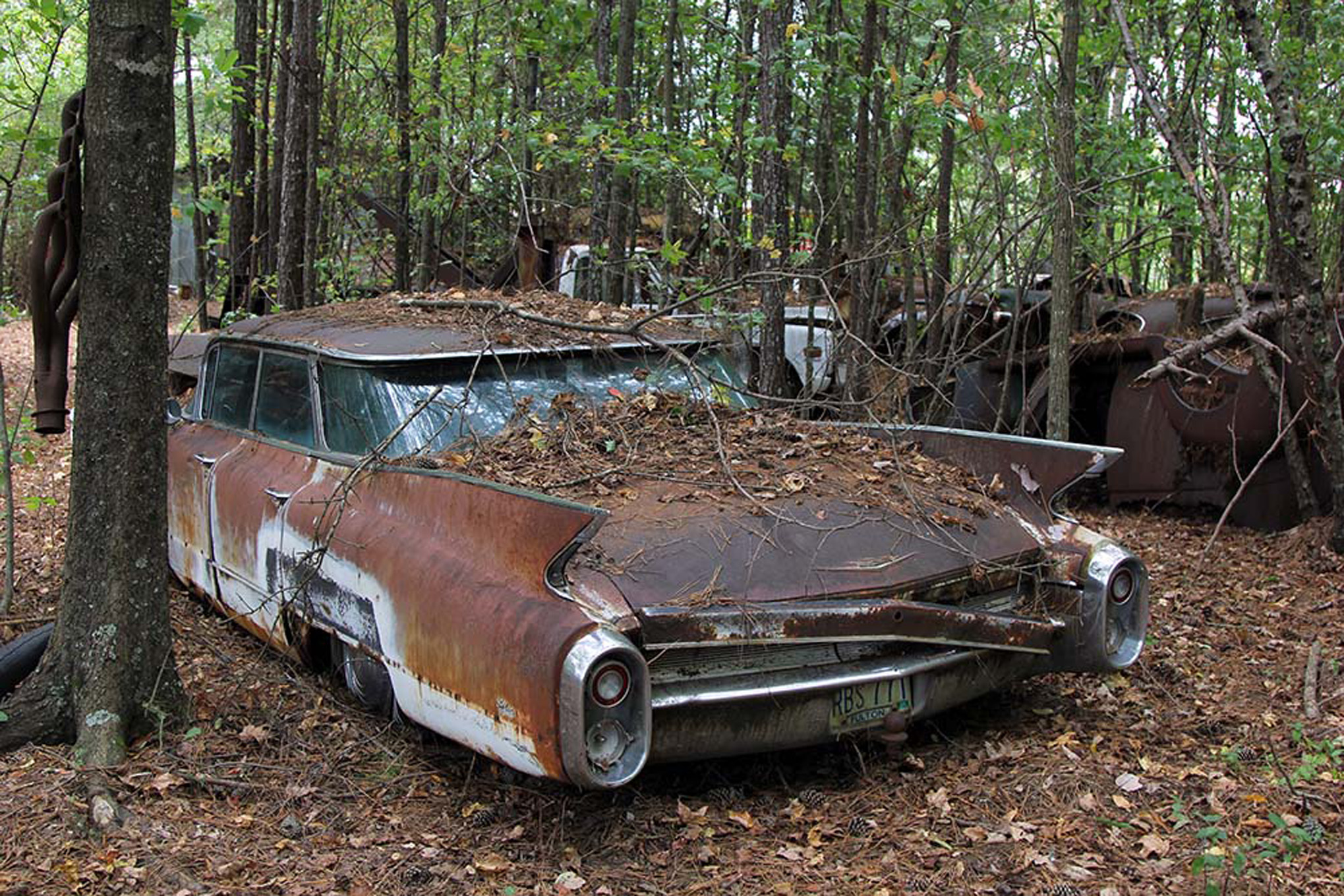 Abandoned Cars Wallpapers High Quality Download Free