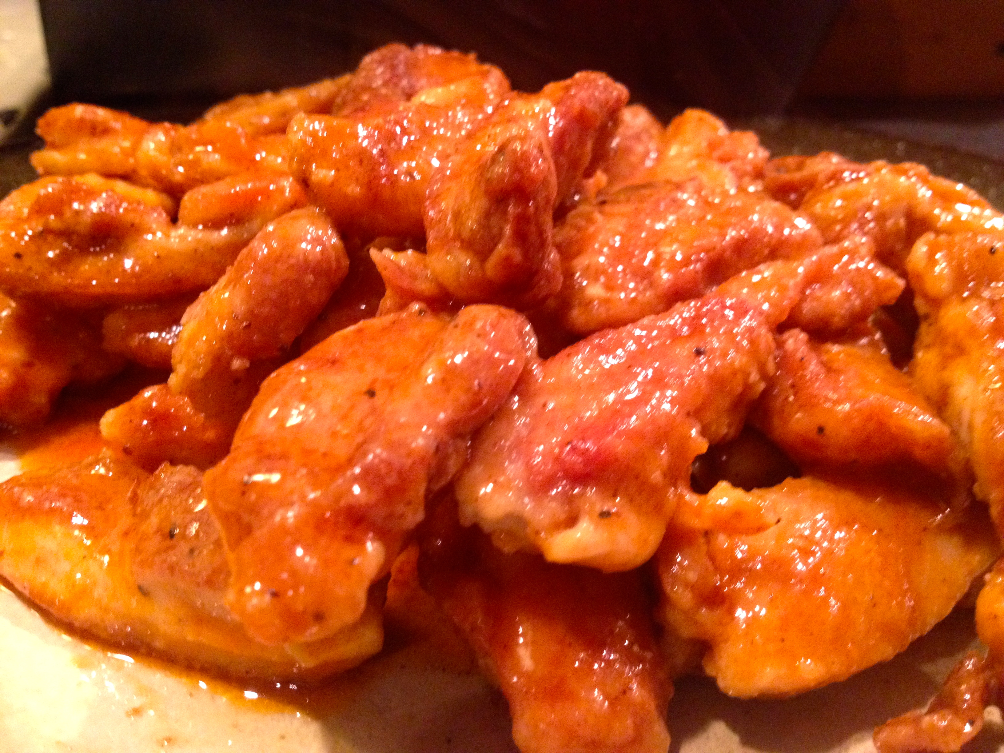 how to make hot chicken wings