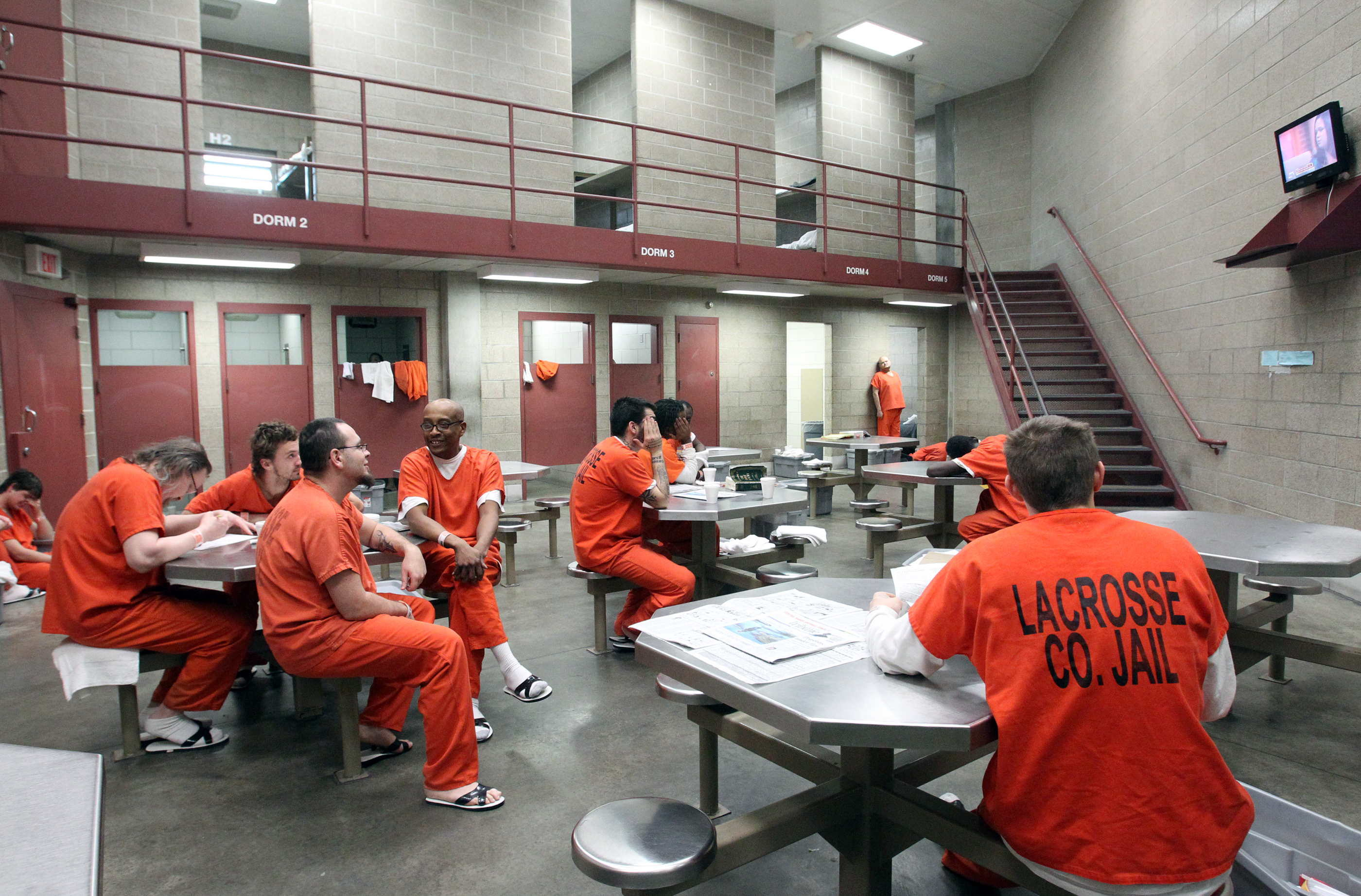 a personal narrative on visiting the vista county jail The alumni association was established in 2009 by patrick covington and three other participants in the cook county sheriff's day reporting center who formed their own informal recovery group.