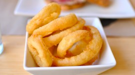 Onion Rings Desktop Wallpaper