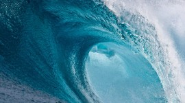 4K Big Wave Photo