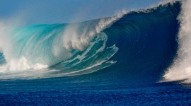 4K Big Wave Photo Free