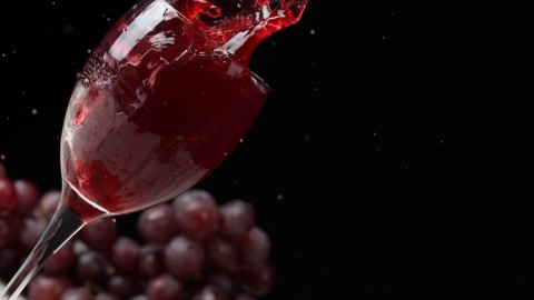 4K Wine Glasses wallpapers high quality