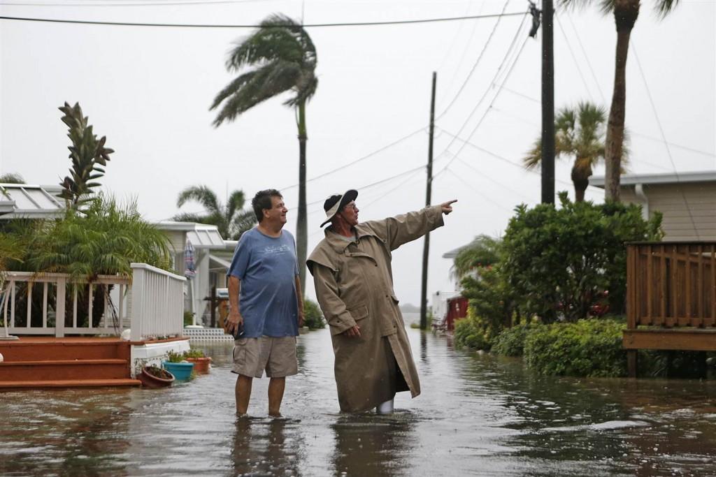 Hurricane wallpapers HD