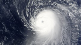 Hurricane Wallpaper For IPhone Free