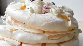 Pavlova Cake Desktop Wallpaper