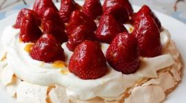 Pavlova Cake Desktop Wallpaper For PC