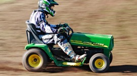 Racing On Lawn Mowers Desktop Wallpaper