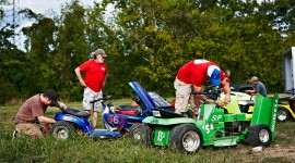 Racing On Lawn Mowers Wallpaper For PC