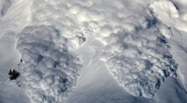 Snow Avalanche High Quality Wallpaper