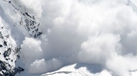 Snow Avalanche Wallpaper Download