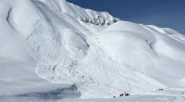 Snow Avalanche Wallpaper Full HD