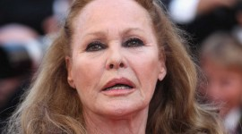 Ursula Andress Photo Download