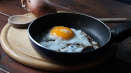 4K Fried Eggs Photo Free