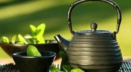 4K Mint Tea Desktop Wallpaper