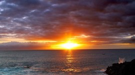 4K Rising Suns Desktop Wallpaper
