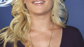 Alison Sweeney Wallpaper For IPhone Free