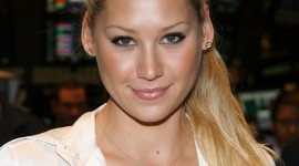 Anna Kournikova Wallpaper For IPhone Free
