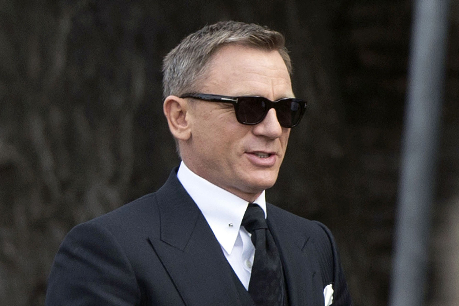 Daniel Craig Wallpapers High Quality | Download Free