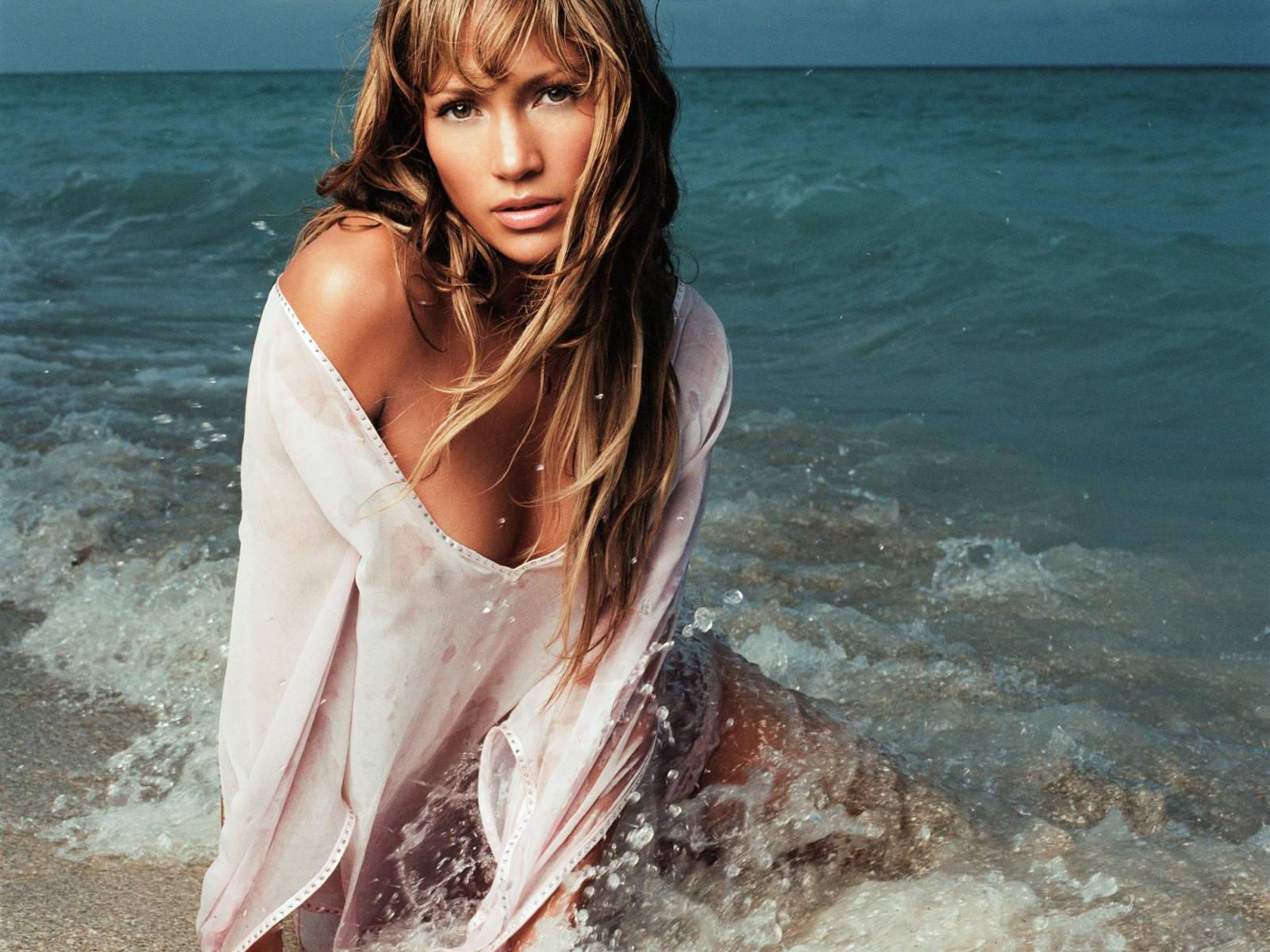 Jennifer Lopez Wallpapers High Quality