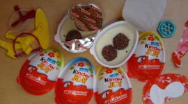 Kinder Surprise Desktop Wallpaper Free