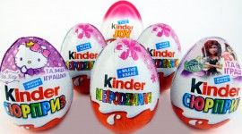 Kinder Surprise Wallpaper Free