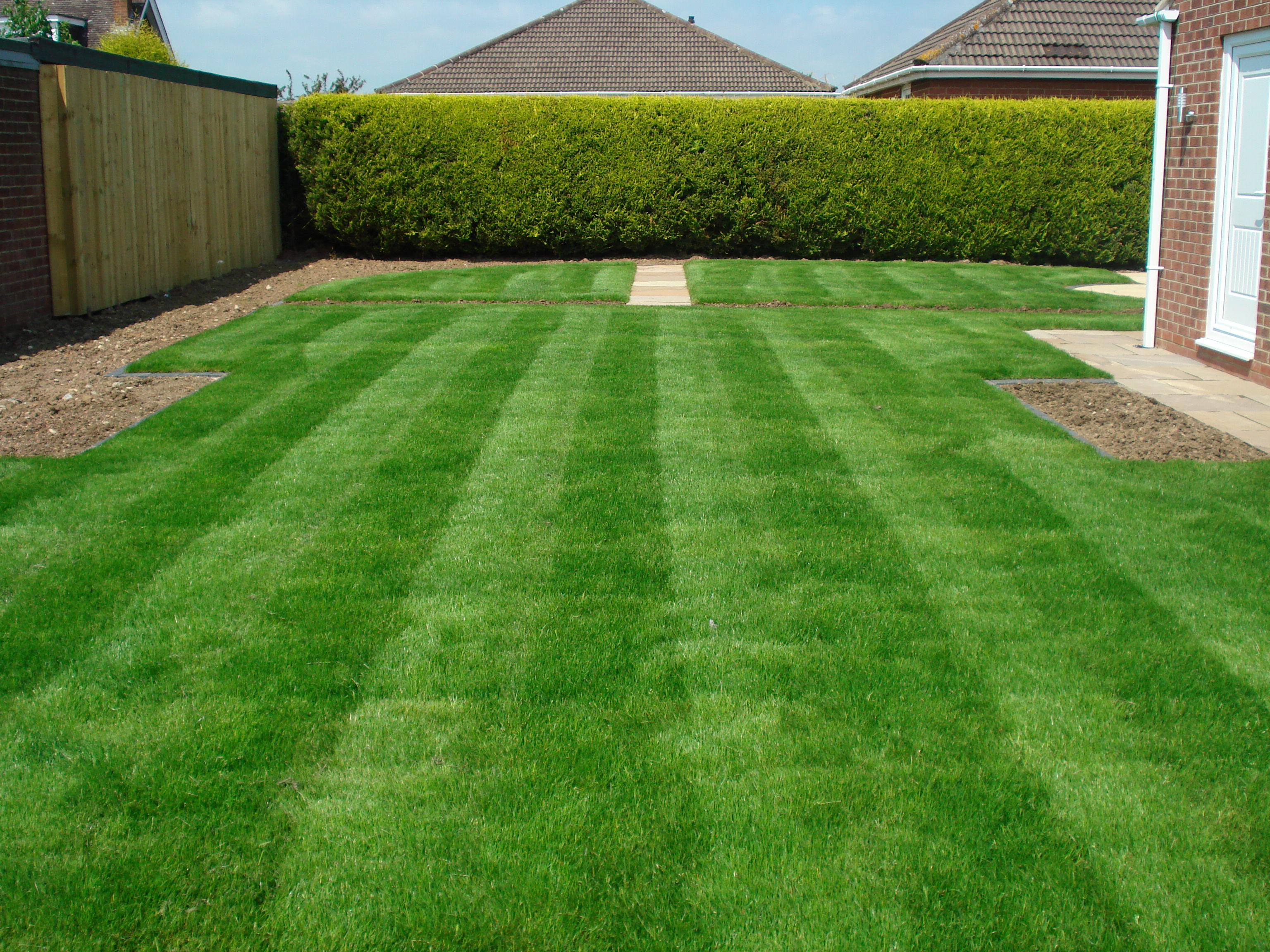 lawn wallpapers high quality