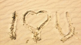 Love In The Sand Wallpaper Free