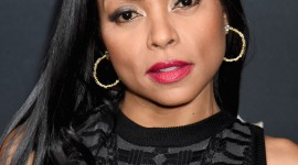 Taraji P. Henson Desktop Wallpaper For IPhone