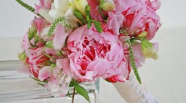 The Brides Bouquet Wallpaper For IPhone#1