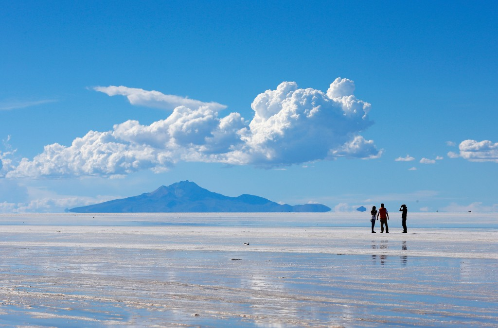 The Salt Flat Salar de Uyuni wallpapers HD