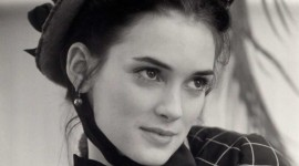 Winona Ryder Wallpaper For IPhone Download