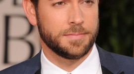 Zachary Levi Wallpaper For IPhone Free